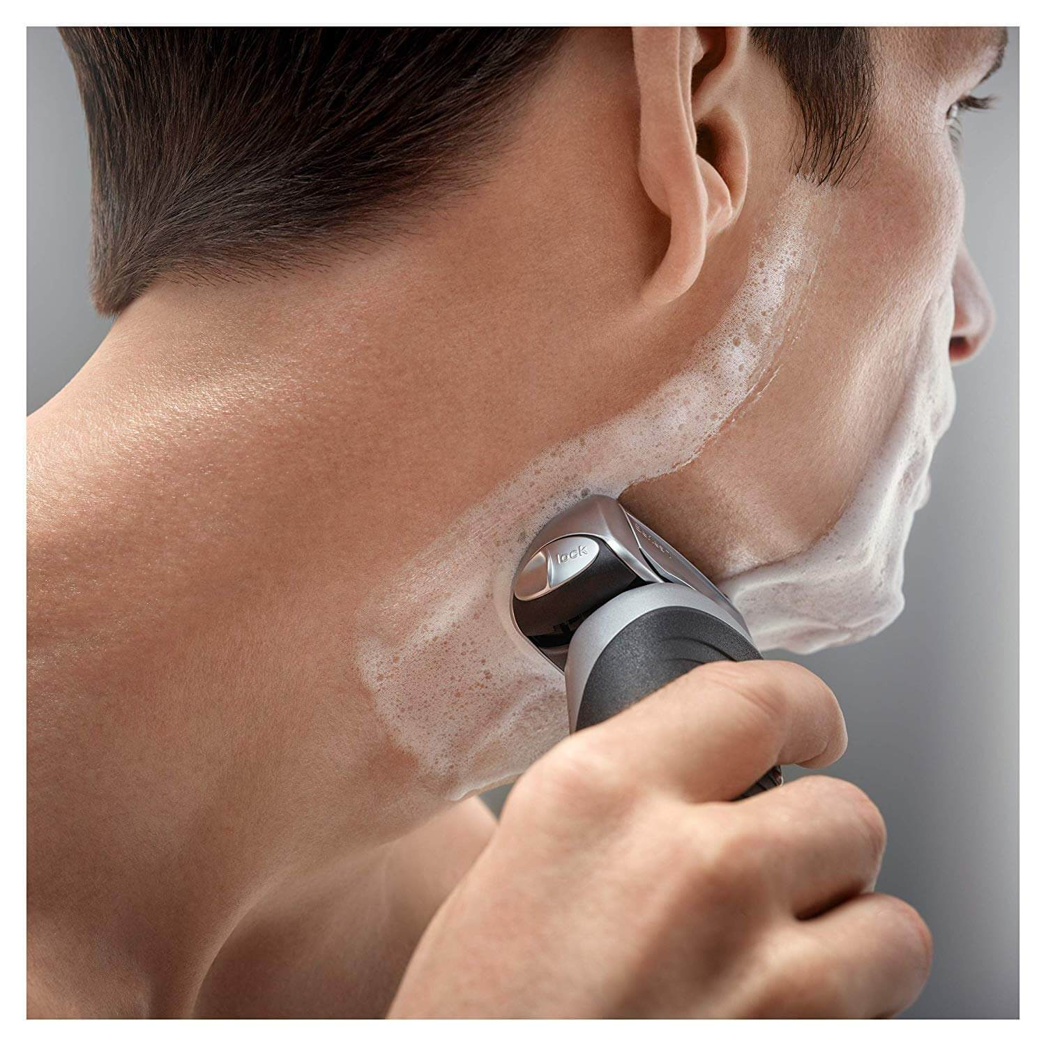 Braun series 790cc-4 electric shaver is one of the best electric shavers brands